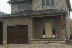 23 Queensway Drive, Strathroy